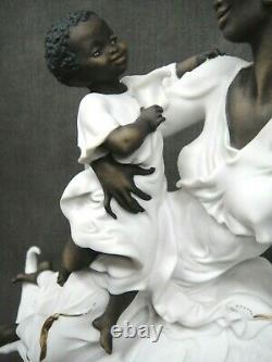 Giuseppe ARMANI 13 African American Porcelain Figurine 0502F Black Maternity