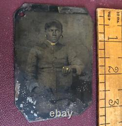 True Vintage Antique Tintype Photo Black African American Woman Gold Jewelry