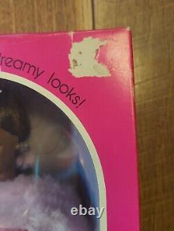 Vintage 1981 Pink & Pretty Christie Barbie 3555 African American Black